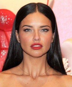 Adriana Lima Face photo