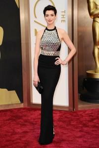 Anne Hathaway Sexy Body