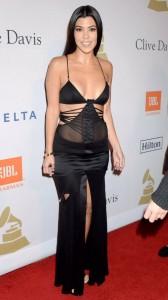 Kourtney Kardashain sexy black dress