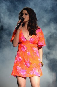 Lana Del Rey sexy on stage