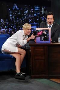 Miley Cyrus night show upskirt