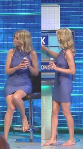 Rachel Riley sexy legs