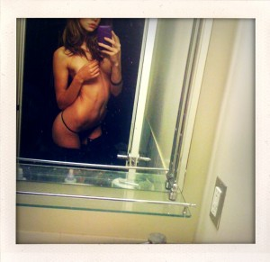 Analeigh Tipton in bathroom leaked