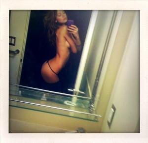 Analeigh Tipton leaked selfie