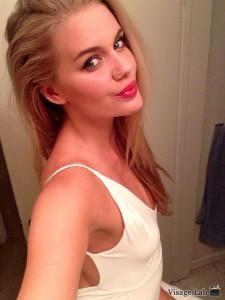 Alice Haig selfie