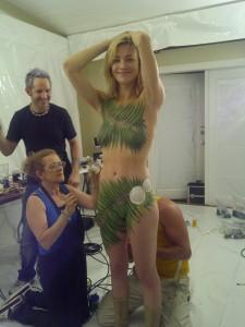 Yvonne Strahovski naked