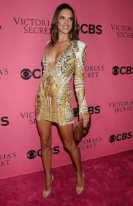 Alessandra Ambrosio cleavage hot