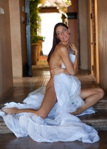Amanda Kimmel naked photoshoot