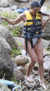 Kourtney Kardashian hot swimsuit
