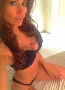 Melanie Sykes bra cleavage