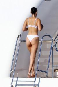 Bella Hadid hot ass yacht