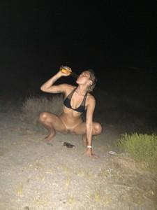 Miley Cyrus pee