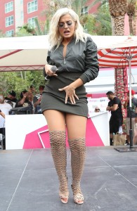 Bebe Rexha sexy stage