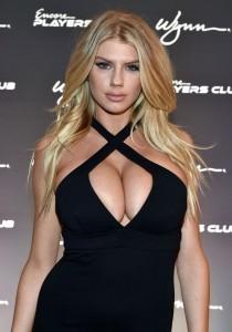 Charlotte McKinney big cleavage