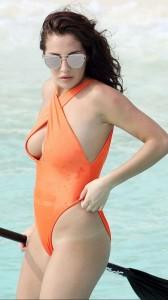 Chloe Goodman hot sideboob