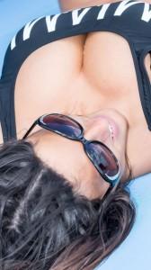 Claudia Roamni cleavage