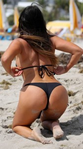 Claudia Romani big sexy booty