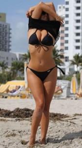 Claudia Romani hot black swimsuit