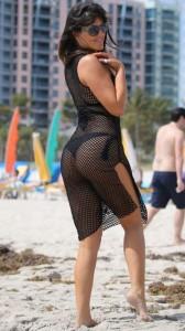 Claudia Romani hot on beach