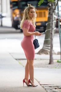 Hilary Duff ass street