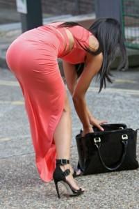 Jasmin Walia paparazzi