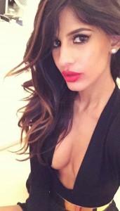 Jasmin Walia selfie