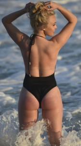 Jorgie Porter sexy ass in swimsuit