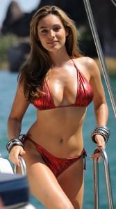 Kelly Brook hot cleavage