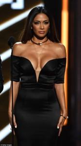Nicole Scherzinger mega cleavage