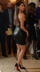 Nicole Scherzinger sexy ass in leather dress