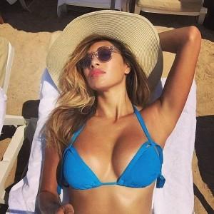 Nicole Scherzinger sexy blue bikini
