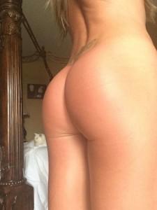 Amber Nichole Miller naked