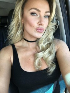 Amber Nichole Miller selfie iphone 2