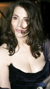 Nigella Lawson hot cleavage