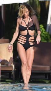 Sarah Harding sexy swimsuit