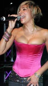 Shobna Gulati hot cleavage