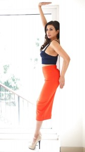 Shobna Gulati sexy skirt