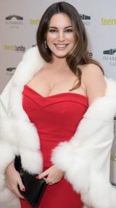 Kelly Brook busty cleavage