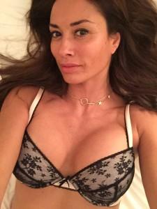 Melanie Sykes hot selfie