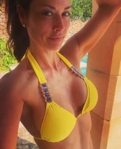 Melanie Sykes sexy yellow bikini