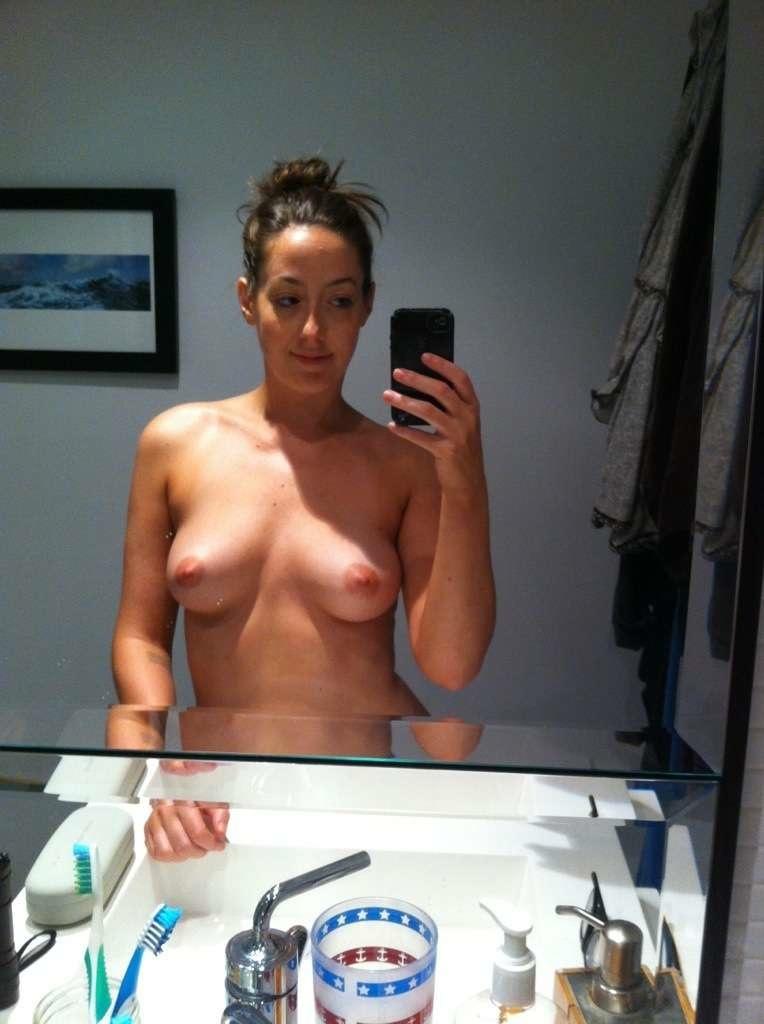 Jenna Elfman Naked Celebrity
