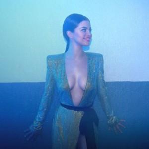 Selena Gomez nice cleavage