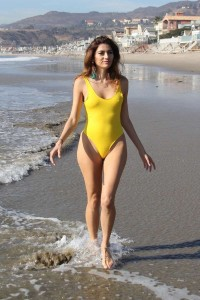 Blanca Blanco braves the cold for a photoshoot on the beach