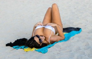Claudia Romani hot in white bikini