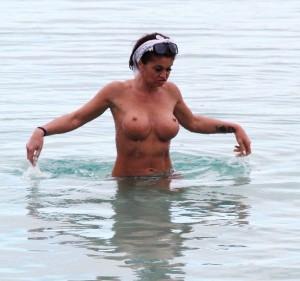 Danniella Westbrook sea 2
