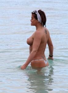 Danniella Westbrook topless tits 2