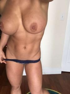 Kaitlyn full tits