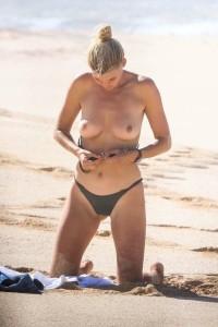 Kelly Rohrbach tits 2