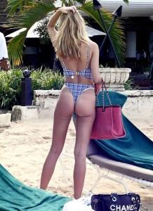 Kimberley Garner on beach