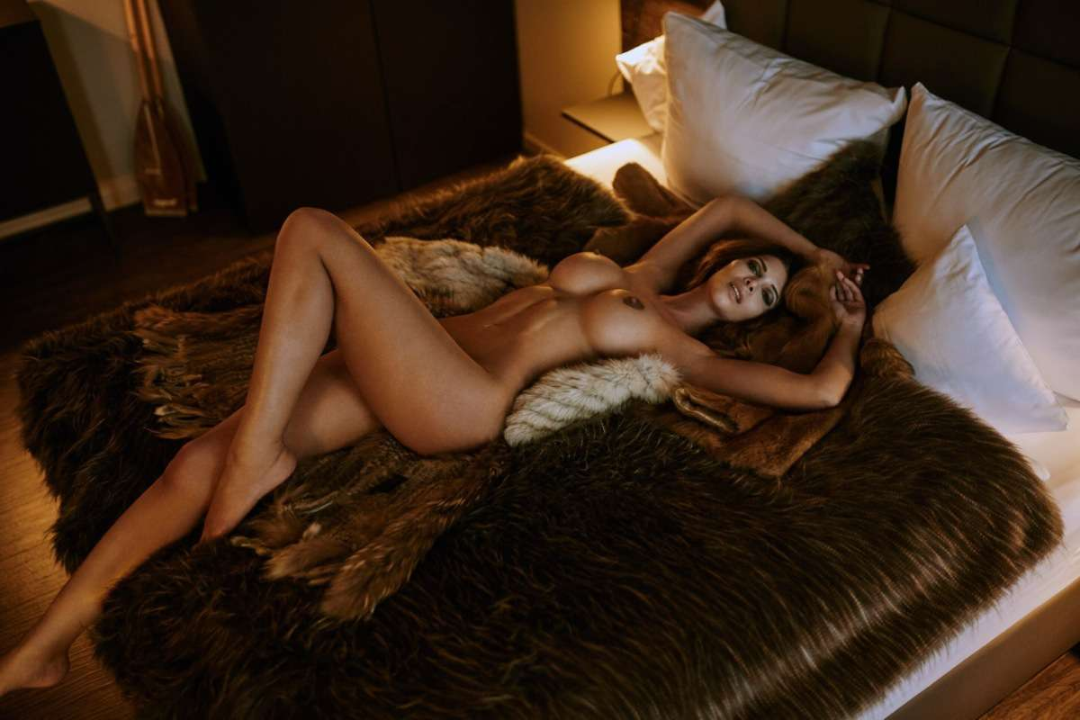 Erica shaffer nude picture